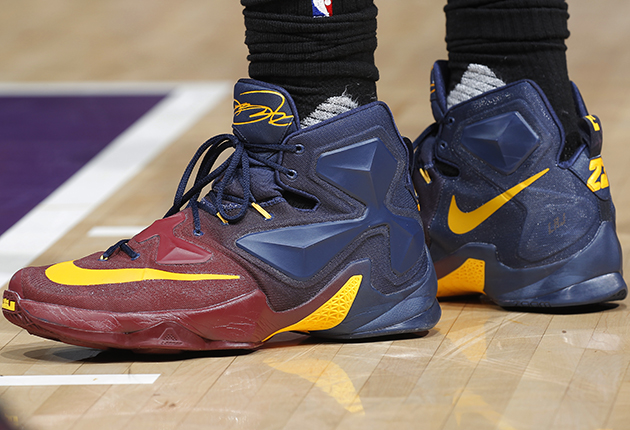 sneaker wars stephen curry lebron james engage in