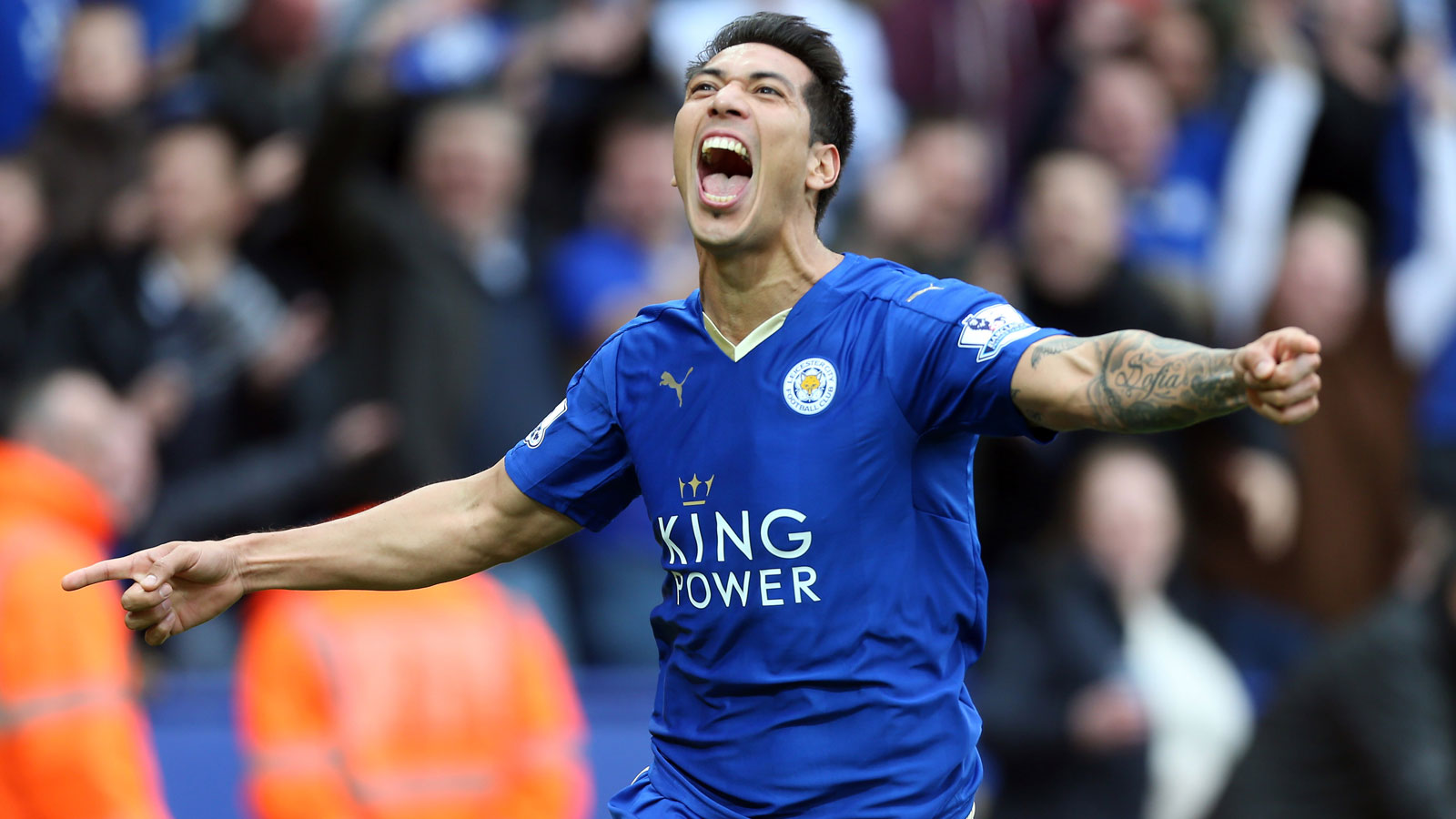 With leading scorer Jamie Vardy suspended because of a referee altercation in the previous match vs. West Ham, Leonardo Ulloa stepped into the starting lineup and scored twice in a 4-0 rout of Swansea City. A Tottenham draw the following day put Leicester in position to clinch the title with three points from its final three games.