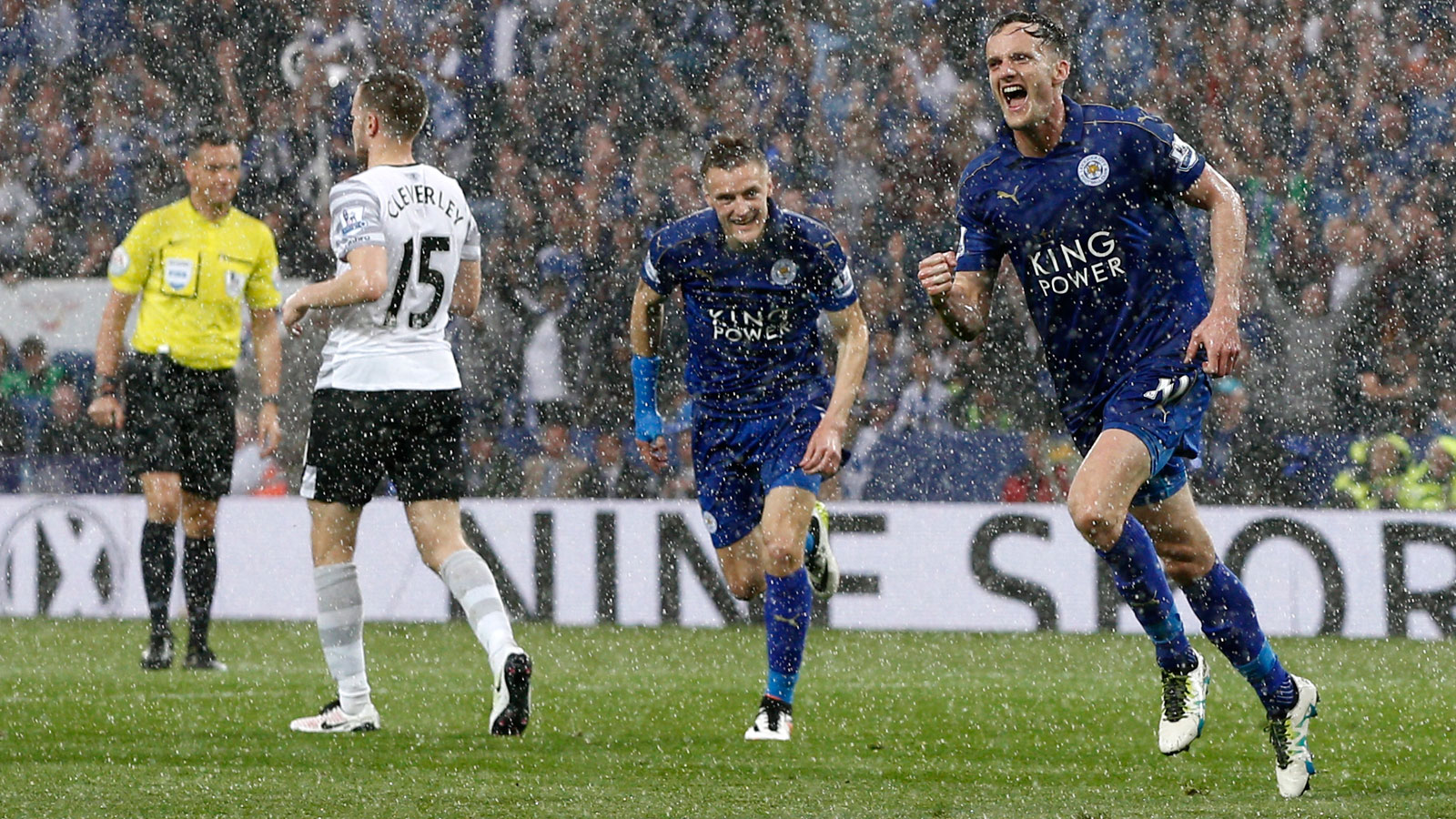 Andy King, the last holdover from Leicester's third-tier, League One club in 2008, celebrates his goal vs. Everton in the pouring rain.