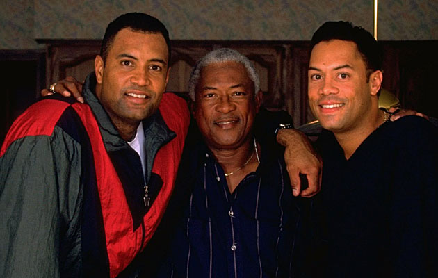 Sandy Alomar Jr., Sandy Alomar Sr. and Roberto Alomar
