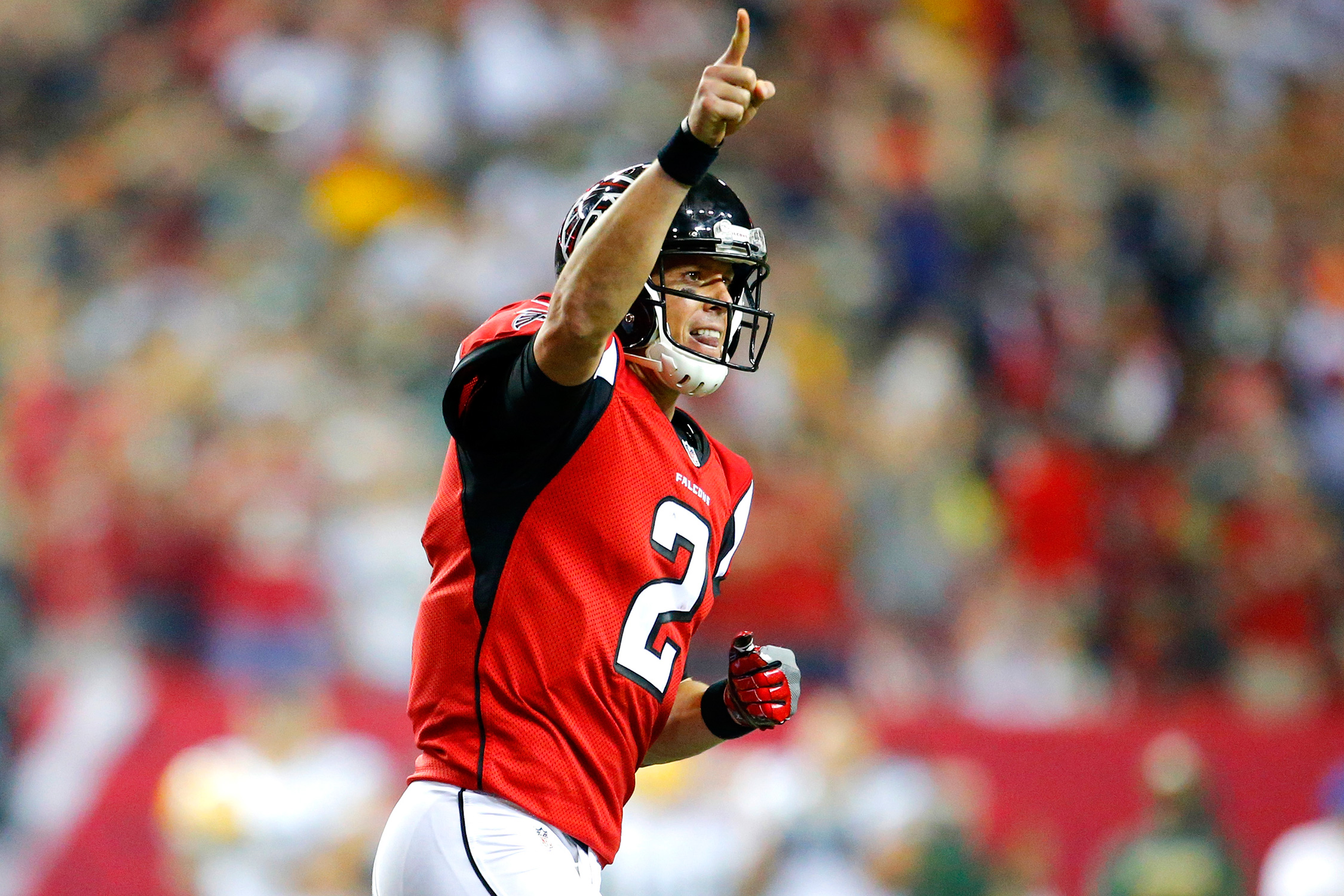 Ryan is leading the league in passing yards (2,636) and touchdowns (19), averaging 9.45 yards per attempt as Atlanta shot out of the gate as one of the year's most surprising teams.