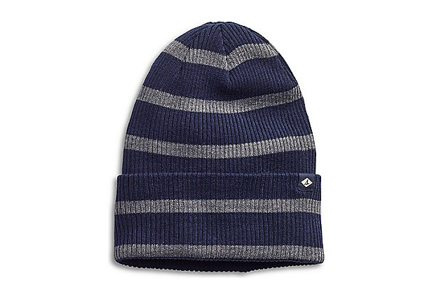 """Keep ears warm on and off the course with this classic navy and gray beanie from Sperry. <a href=""""http://click.linksynergy.com/fs-bin/click?id=93xLBvPhAeE&subid=0&offerid=468515.1&type=10&tmpid=18162&RD_PARM1=http%3A%2F%2Fwww.sperry.com%2Fen%2Frugby-stripe-slouch-beanie%2F27206U.html%3Fdwvar_27206U_color%3DSTS32085&u1=GOLFValentinesMen"""" target=""""blank"""">BUY NOW</a>"""