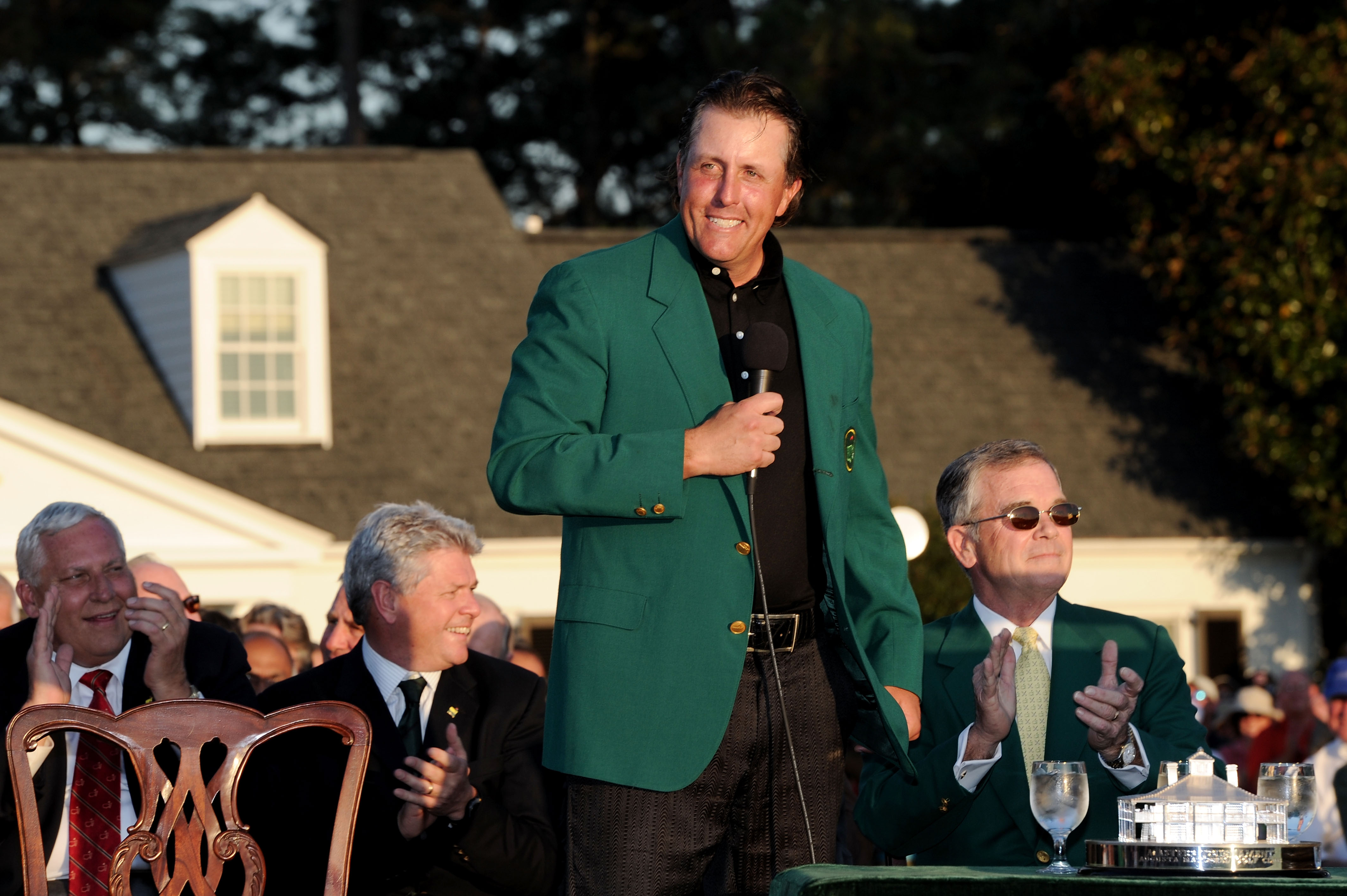 Phil Mickelson winning the 2017 Masters would tie him with Tiger Woods and Arnold Palmer for second-most Masters victories with four.