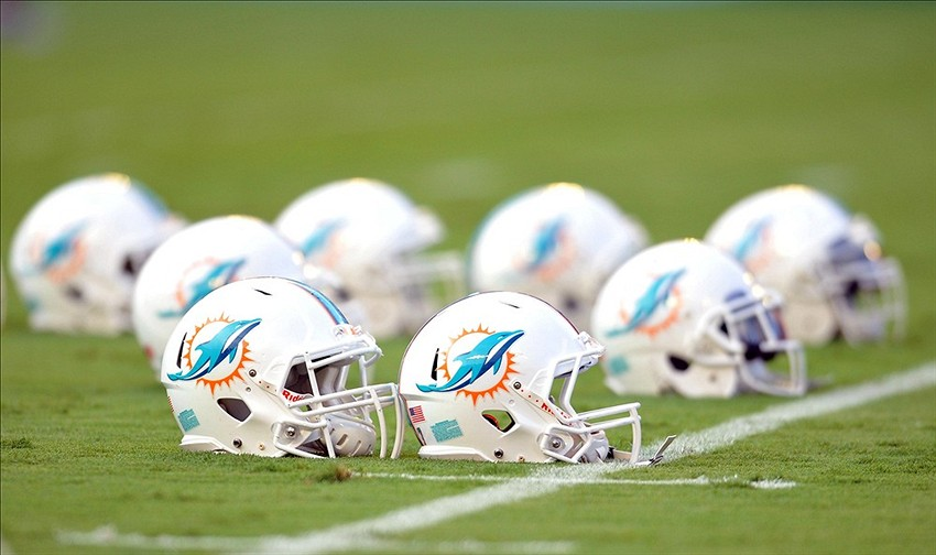 Dolphins donate to Orlando fund