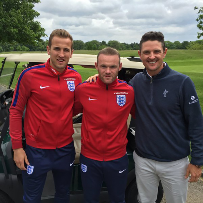 Morning Roy.... Don't forget about me for the @England team!! What do you think @WayneRooney @HKane ?!?