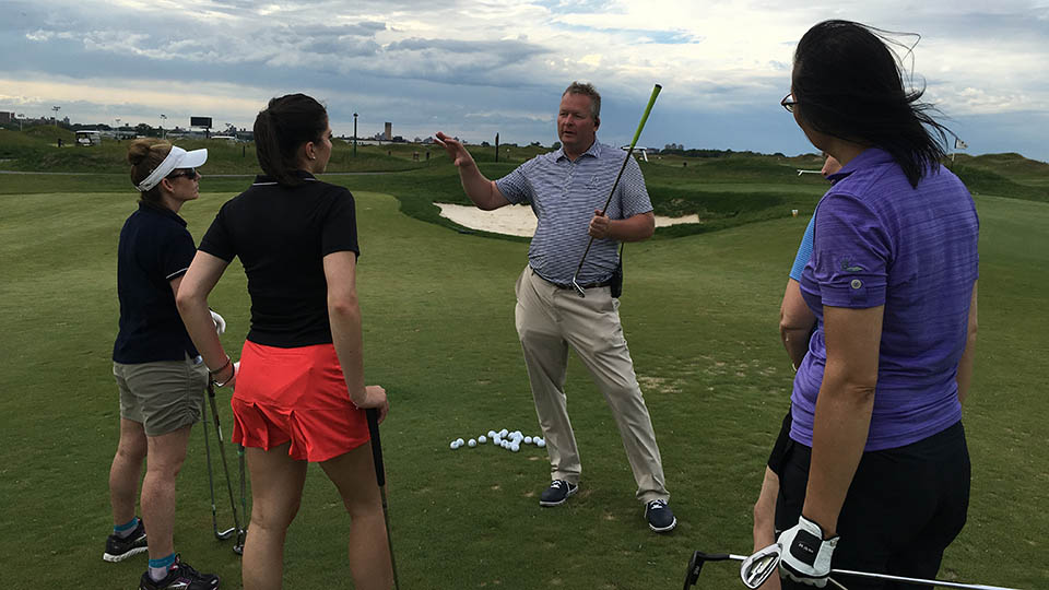 Director of Golf Brad Worthington gives some short game tips.