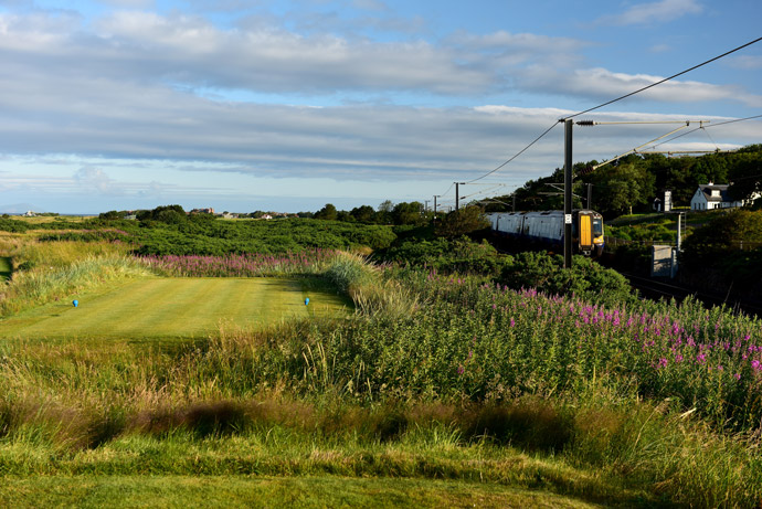 Par-4 11th hole, 'The Railway'
