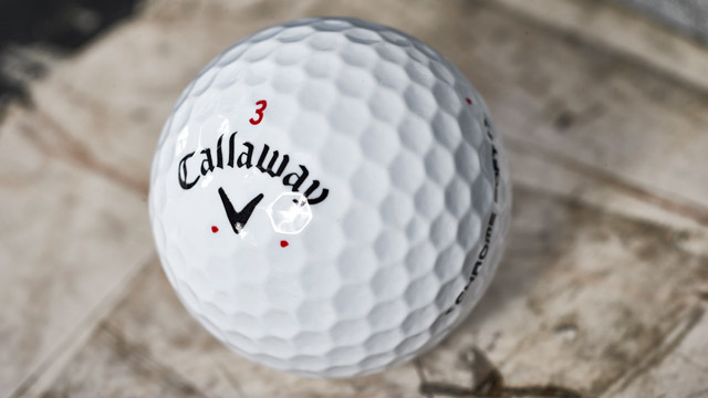 A close-up of Leishman's Callaway golf ball.