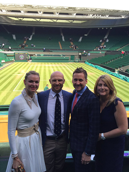 And we are ready for lunch then action @Wimbledon. @matt9dawson in early as well.