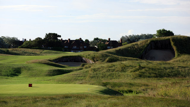 Royal St. George's, No. 4, 496 yards, par 4