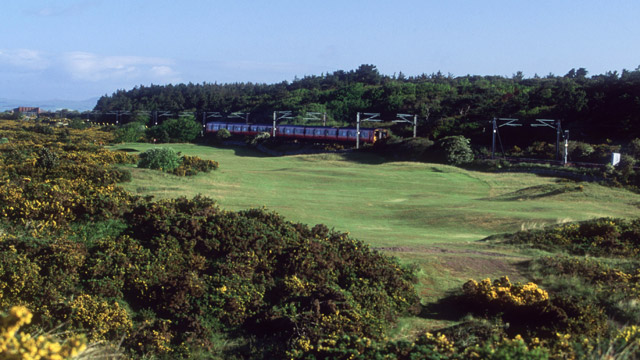 Royal Troon, No. 11, 482 yards, par 4