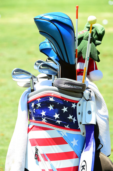 A zoomed out view of Michelle Wie's bag.