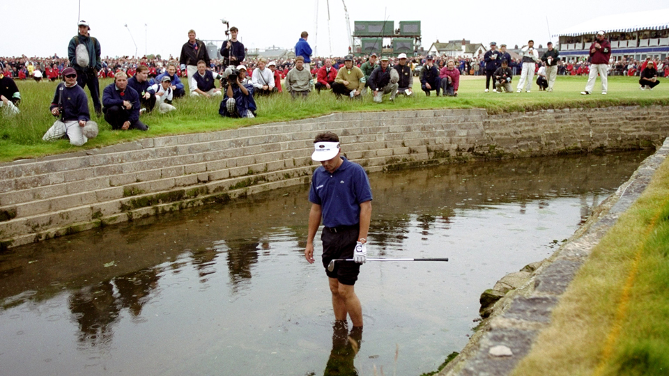 The 18th at Carnoustie struck Jean Van De Velde again Thursday, leading to another double bogey.