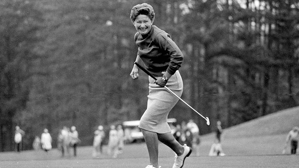 Marilynn Smith watches her ball drop during the 1964 Women's Titleholders Golf Tournament.
