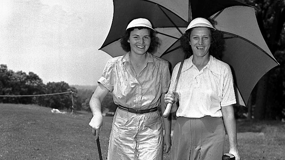 Peggy Kirk and defending champion Babe Didrikson Zaharias at the qualifying round of the Women's Western Open Golf Championship Tournament.