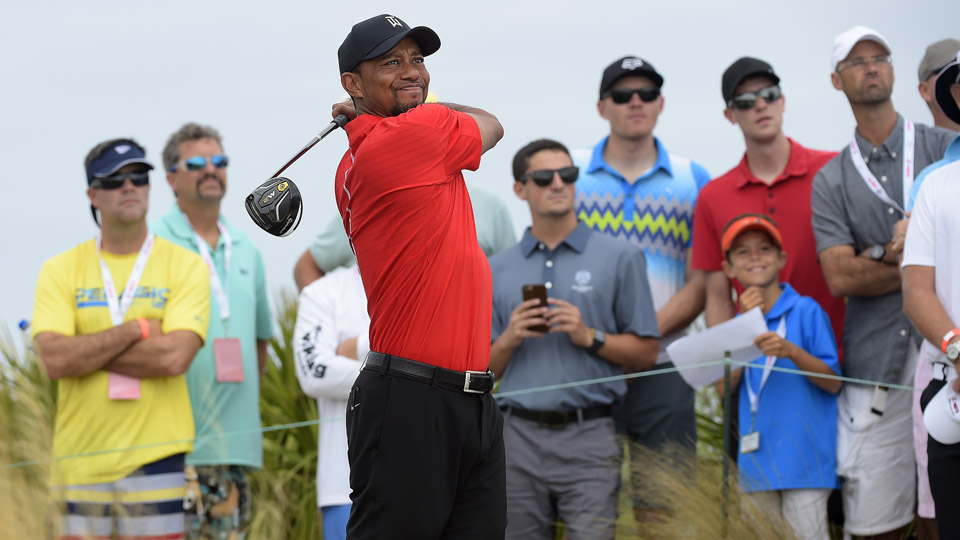 Tiger Woods hits a drive on the 4th hole during the final round of the Hero World Challenge.