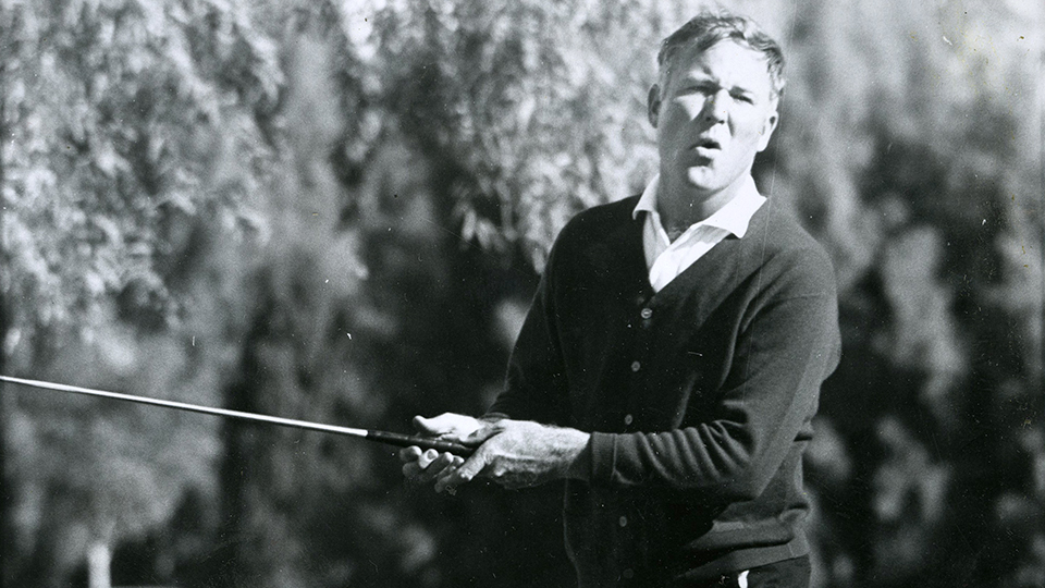 The local newspaper might have spelled Nieporte's last name wrong, but at least this shot captured him draining an eagle putt on the 6th hole at La Quinta during the 1967 Bob Hope.