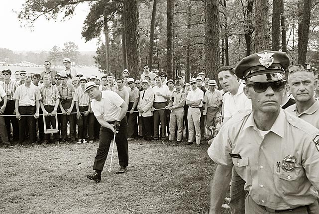 Nicklaus shot rounds of 67, 71, 64 and 69 in 1965.