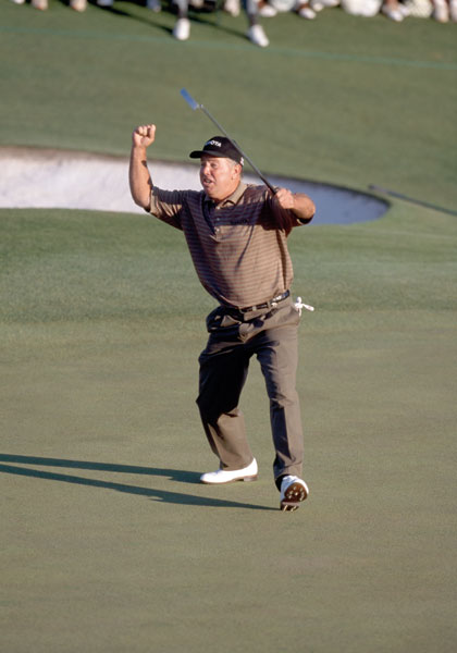 Mark O'Meara                         O'Meara enjoyed a breakout 1998 season that included two major victories. The first came at Augusta National, where he made a 20-foot putt on the 18th green to secure his first major by a shot over David Duval and Fred Couples.