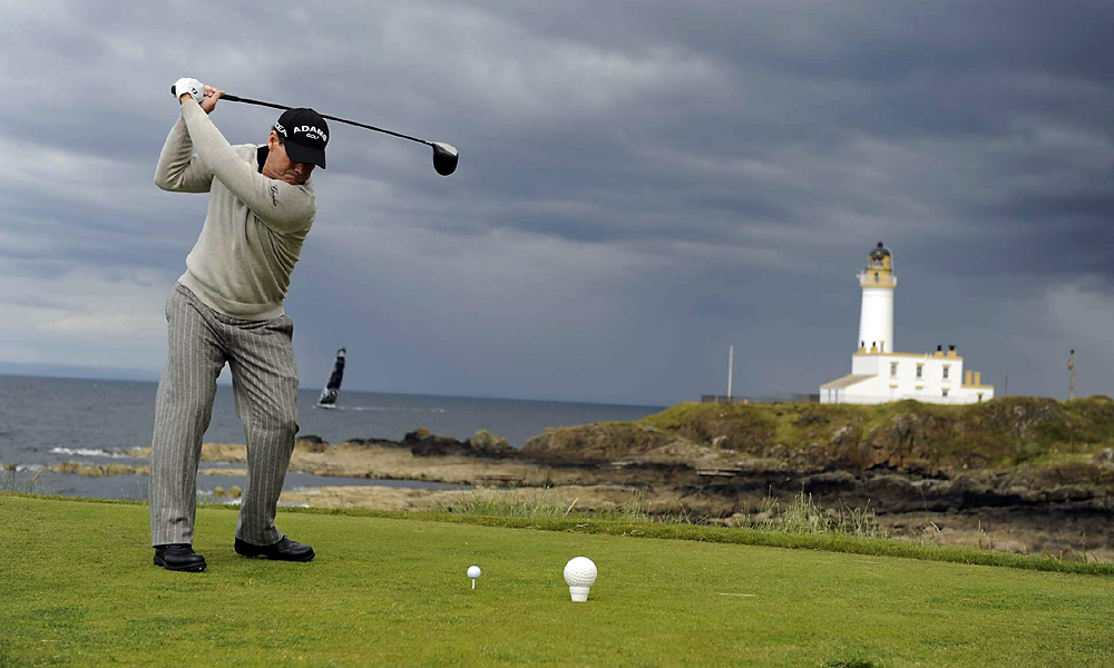 In 2009, at age 59, and less than a year after hip replacement surgery, Watson became the oldest player to lead a major during the British Open at Turnberry. Leading through 71 holes, he bogeyed the 18th to fall into a tie with Stewart Cink. Watson eventually lost in a four-hole playoff.