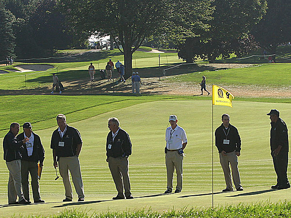 The Second Round of the 2008 PGA Championship                       A collection of the best images from Friday at Oakland Hills                                              As the sun was rising, officials from the PGA of America were hard at work deciding exactly where to place the holes.