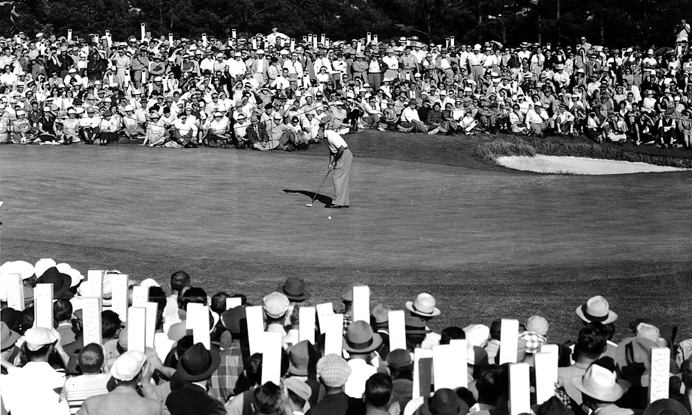 Hogan won his second Masters title in 1953, his greatest season. His 14-under total set the tournament record by five shots.