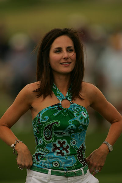 Sonya Toms watches her husband David during the 2004 St. Jude Classic