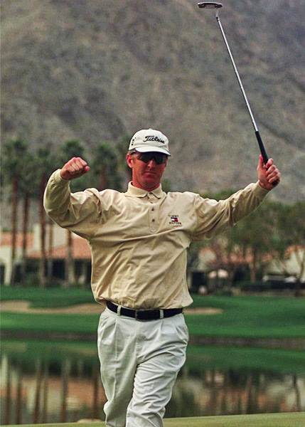 David Duval eagled his 72nd hole at the 1999 Bob Hope Chrysler Classic to win the event and join the 59 Club.