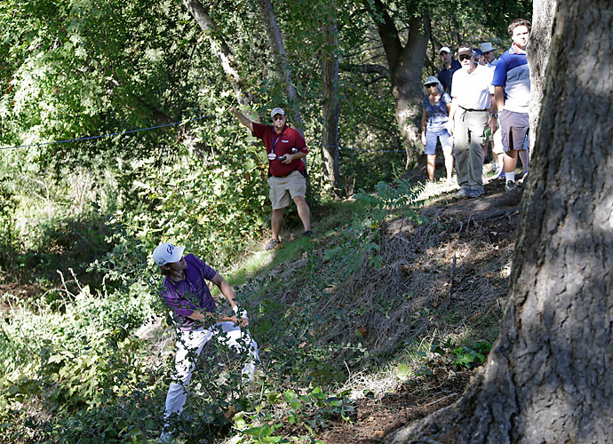 Aaron Baddeley found some trouble on the ninth hole at Silverado Resort.