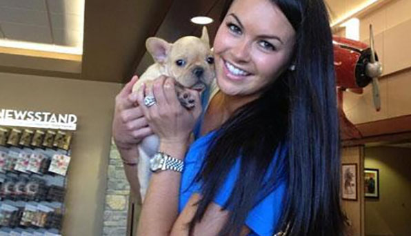 @Golf_com Celebrate #NationalDogDay with Amanda Dufner and King Louie: http://bit.ly/1vMNIJY  pic.twitter.com/haBrA69qir