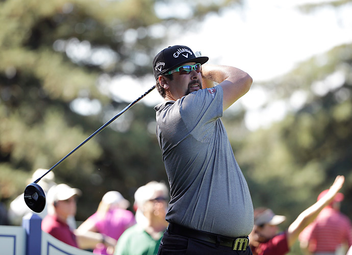 Andres Gonzales fired a six-under 66 in the first round to tie for the lead at the Frys.com Open.
