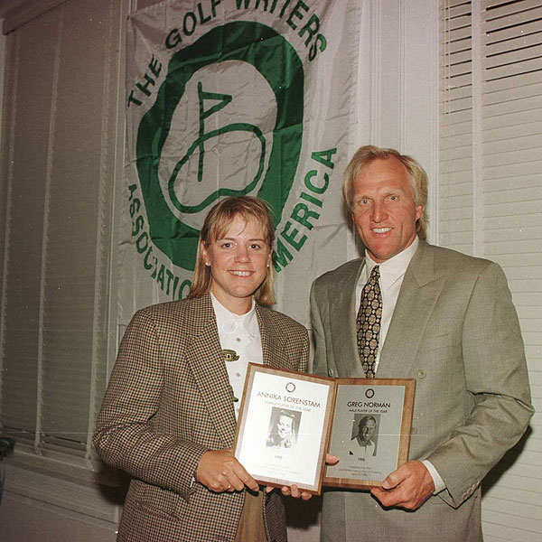 While she never got to play in the Masters, Annika was in Augusta before the 1996 tournament to collect her Golf Writers Association of America player of the year award. Greg Norman was the male winner.