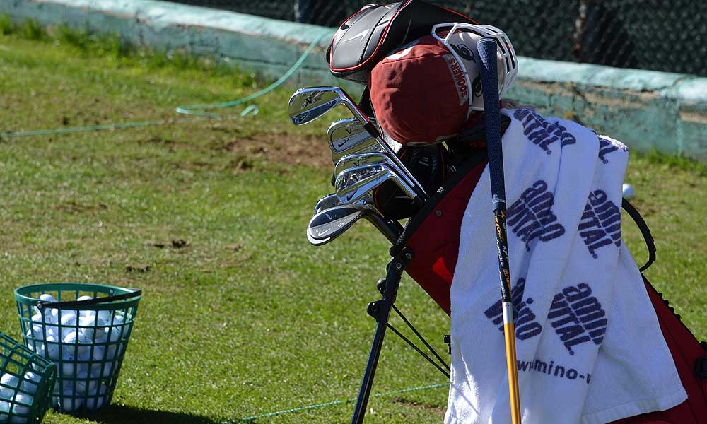 Anthony Kim is using a carrybag at Torrey Pines to haul his Nike VR Pro Blade irons.
