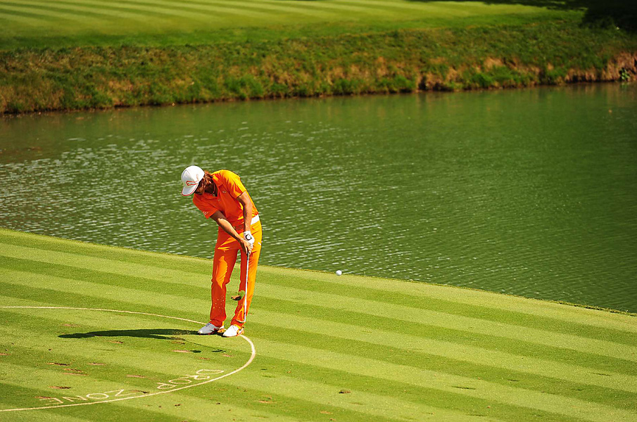 Rickie Fowler stumbled to an 84 while playing alongside Woods on Sunday.