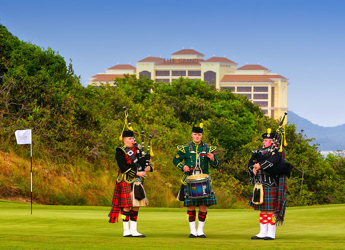 Bagpipers attended the official opening of The Bluffs, an appropriate touch for the links-themed course. The par-71 plays 7007 yards from the back tees, 6287 from the blue, 5615 from the white and 4785 from the forward tees. It's Norman's 87th design.