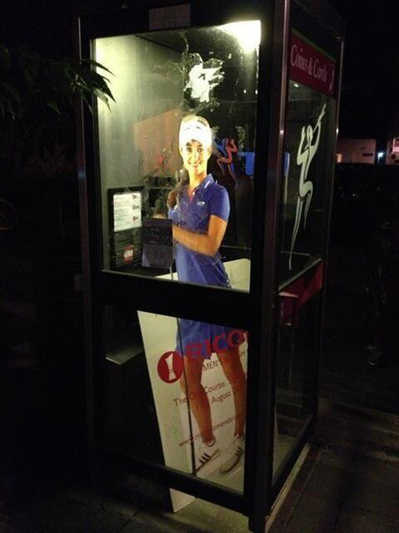 @BeatrizRecari: Have you seen my poster?? #Kidnapping #WhoDidThis @RICOHWomensBrit