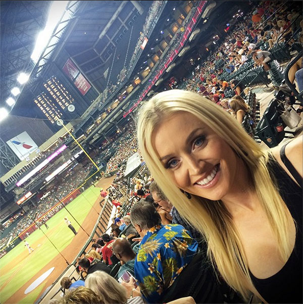 @blaironealgolf Tryin to catch myself a fowl ball! #GoDBacks @Dbacks