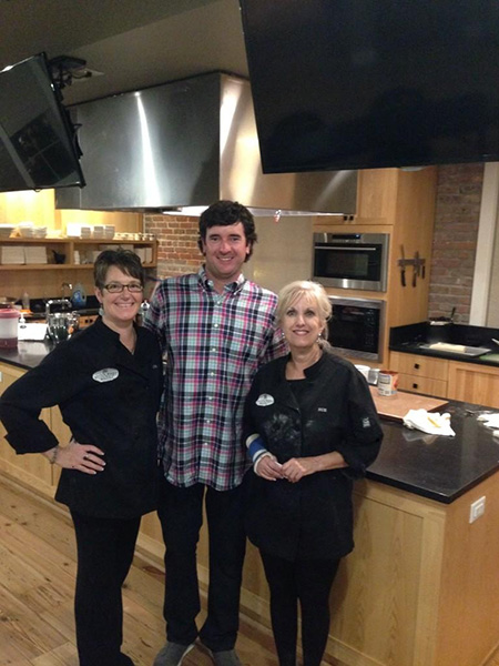 @bubbawatson Cooked dinner with my chefs!! #LovePensacola