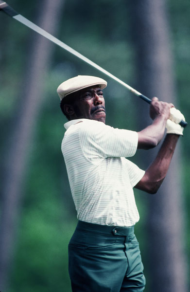Peete parlayed his unfailing accuracy into 12 Tour wins, including the 1985 Players. One of the most underrated players of all time, he led the Tour in driving accuracy for 10 consecutive seasons. If you had to pick one player to split the fairway, Calvin Peete is your guy.