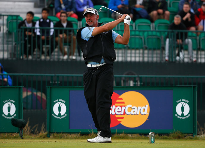 2011 Open Championship winner Darren Clarke equaled the best round of the day with 5-under 67 to move to 5 under, just outside the top 10.