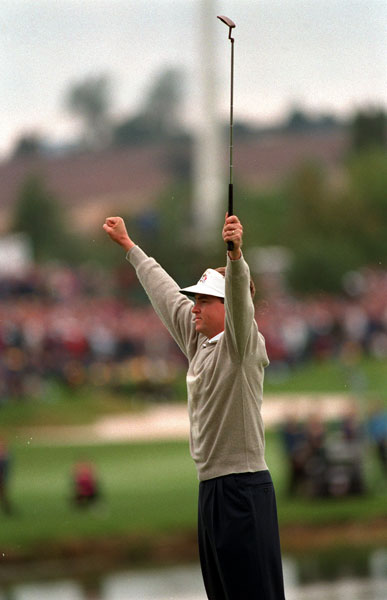 7. 1993; U.S. 15 Europe 13                       With Europe holding a slim 8 ½ to 7 ½ lead on their home turf at The Belfry going into the final day, everything favored another European win. Not so fast, said U.S. Captain Tom Watson. The U.S. went 5-0-1 over the final six matches, paced by Davis Love III's clinching win against Costantino Rocca, and retained the Cup.