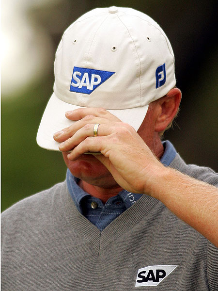 Els missed a great chance to win his fourth major when he lost to Todd Hamilton in a four-hole playoff at the 2004 British Open at Royal Troon.
