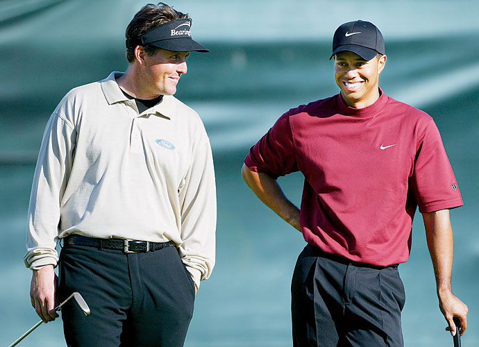 2003                       Golf's dynamic duo wins zero majors in this season, an oddity for the 2000s. Tiger Woods does win five times, however, including two WGC events. Phil Mickelson, on the other hand, goes winless, finishing third at the Masters behind champion Mike Weir.                                              World News: Space shuttle Columbia explodes, killing all seven astronauts on board.