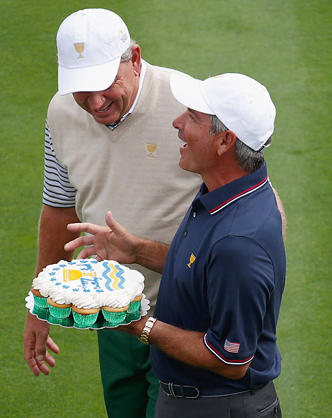 Thursday was U.S. captain Fred Couples' birthday, and he was presented with cupcakes on the first tee by International captain Nick Price.