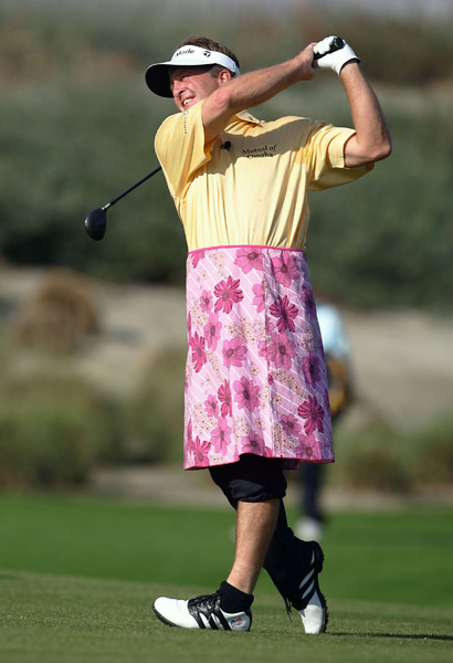 6. Fred Funk, 2005 Skins Game                     Annika Sorenstam was a groundbreaker in so many ways, and we have her to thank for this visual of Fred Funk in women's golf apparel, which he donned after Sorenstam outdrove him on the third hole. While I can't necessarily commend Funk on his taste in skirts, I wholeheartedly applaud him for his good-natured sportsmanship.