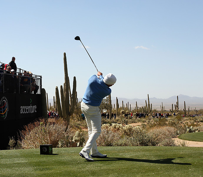 Matt Kuchar took out Hunter Mahan 2 and 1 to win the Accenture Match play.