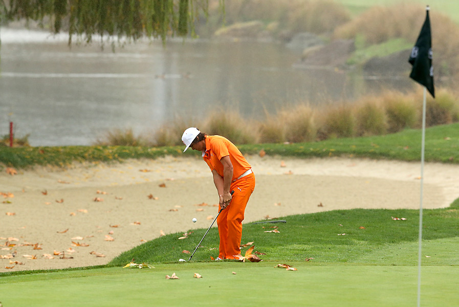 Rickie Fowler made an eagle on the opening hole and went on to shoot a 69 to tie for fourth.