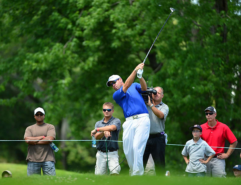 Brian Davis was tied for the lead entering the final round and was seeking his first career PGA Tour win. He played the back nine in one over and finished two shots behind Leishman.