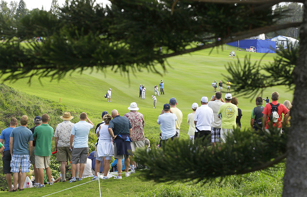 Hawaiian crowds watched Steve Stricker maneuver through Kapalua's sloping fairways in the final round.