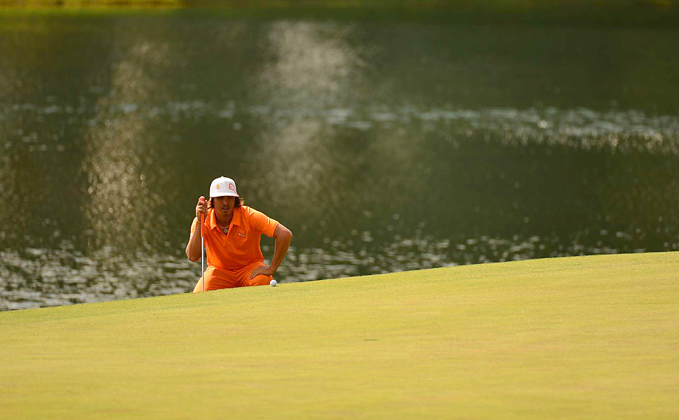 Fowler shot a three-under 69 in regulation to tie Points and McIlroy at 14 under.